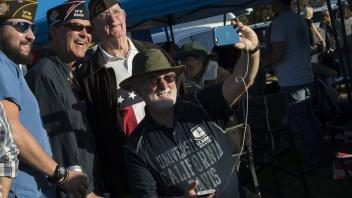 Aggie vets take a selfie image